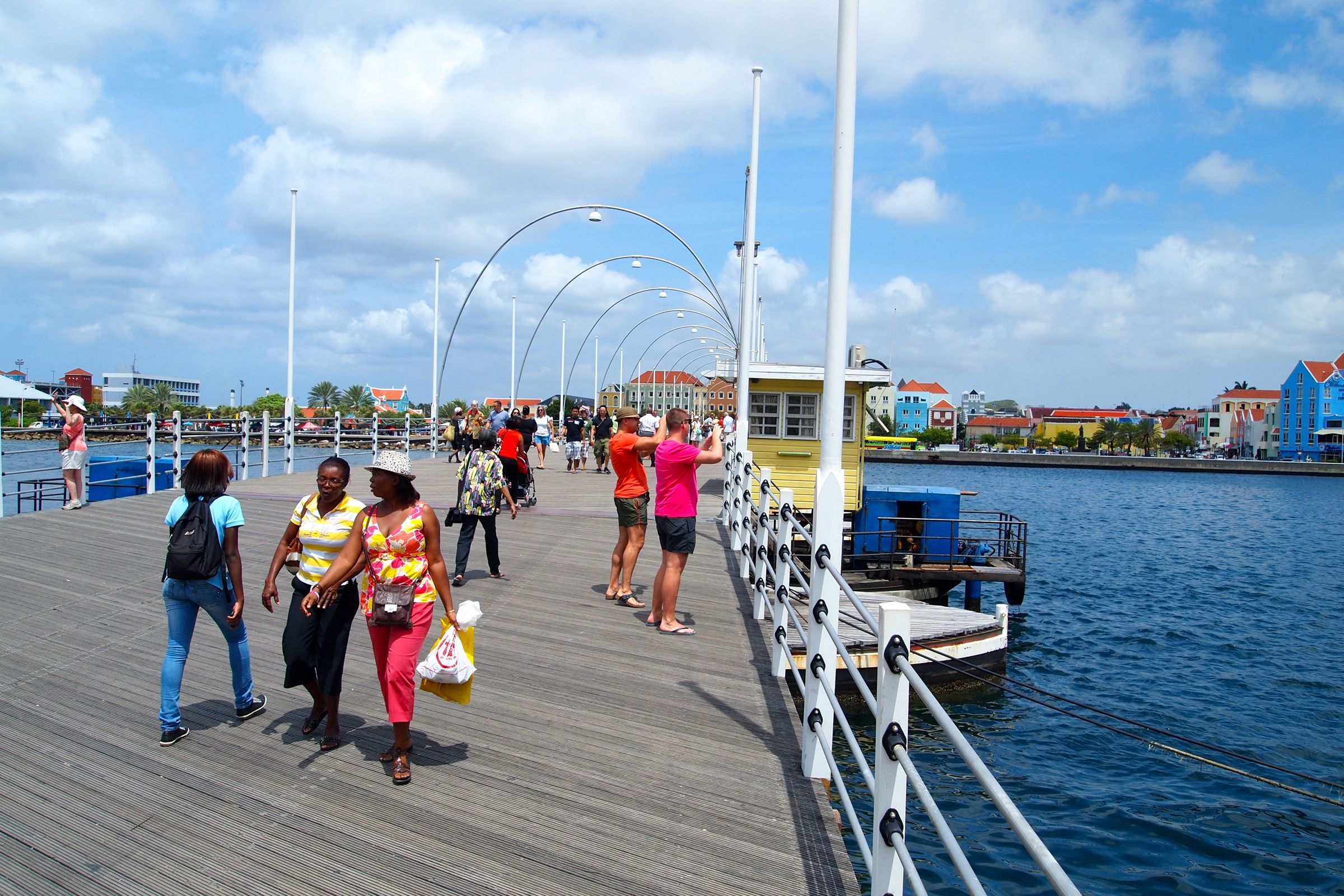 Queen Emma (Floating Bridge), Curacao | Credit: SBPR