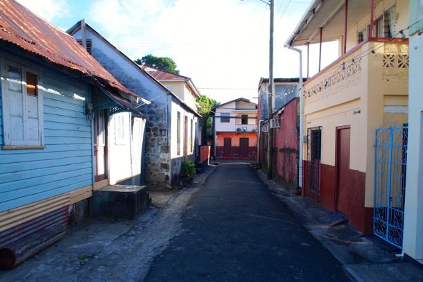 Skinny 2-way street in Gouyave | SBPR