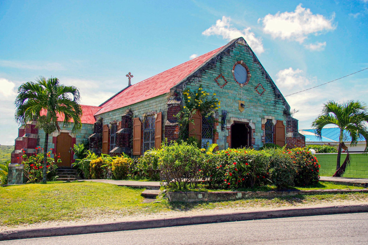 So green Saint Barnabas Anglican Church, Antigua