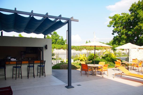 SERVOTEL Pool Bar | SBPR