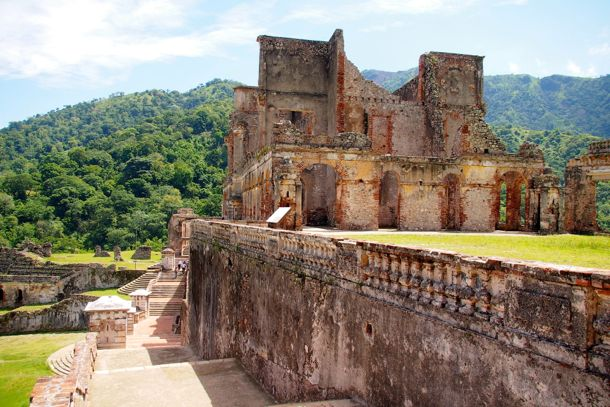 Taking in the grandeur of Sans-Souci Palace from the steps | SBPR
