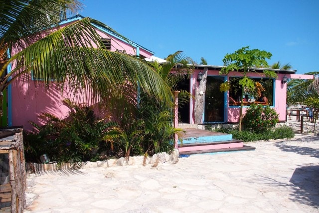 Bugaloo's Conch Crawl front entrance | SBPR