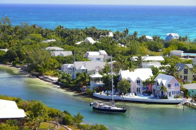 Pretty pastels of Hope Town in Abaco, The Bahamas | SBPR