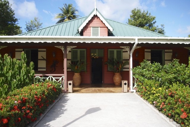 Right this way to the reception area for check-in at Rosalie Bay | SBPR