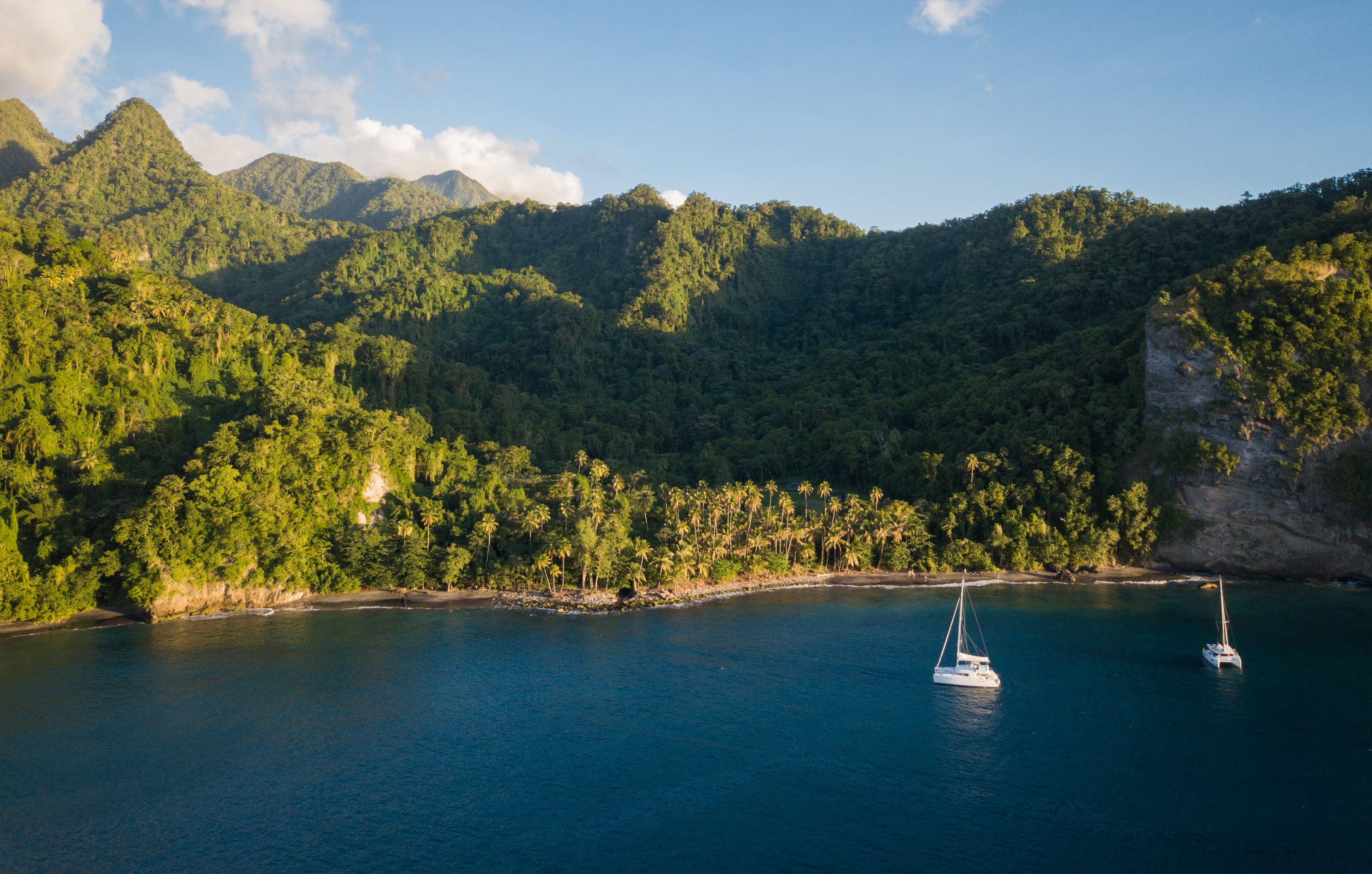 Karibik-Cruise 2017 – Martinique, Dominica, Guadeloupe, Antigua, Barbuda. Powered by Master Yachting & Dream Yacht Charter. | Credit: Flickr user Christian Lendl